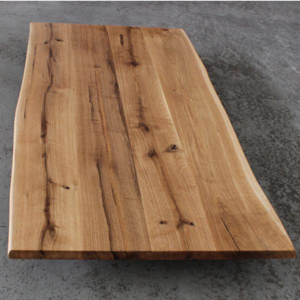 Tischplatte Eiche massiv geölt mit Baumkante