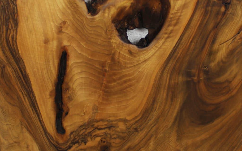Holzmöbel im Bad verwenden: Ob lackiert oder geölt