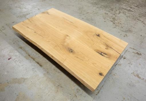 Tischplatte Wildeiche massiv mit Baumkante geölt