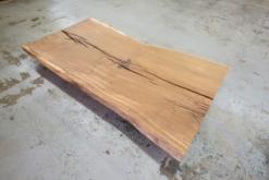 Baumstamm Tischplatte aus einem Stück Eiche massiv