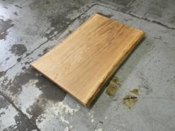 Baumstamm Couchtischplatte Eiche massiv mit Baumkante geölt