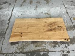 Schreibtischplatte Wildeiche massiv geölt mit Baumkante