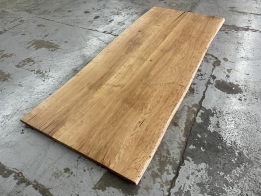 Tischplatte Wildeiche massiv mit Baumkante