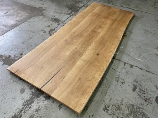 Tischplatte Wildeiche massiv rustikal Wurmstichig mit Baumkante