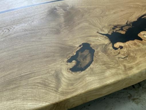 Tischplatte Epoxidharz Wildeiche geölt