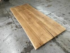 Tischplatte Wildeiche rustikal mit Baumkante Wurmstichig