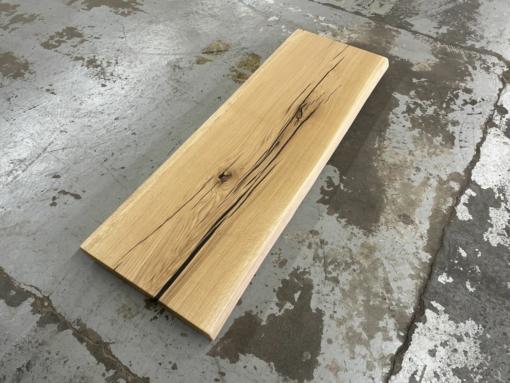 Waschtischplatte Wildeiche aus einem Stück Eiche massiv rustikal mit Baumkante
